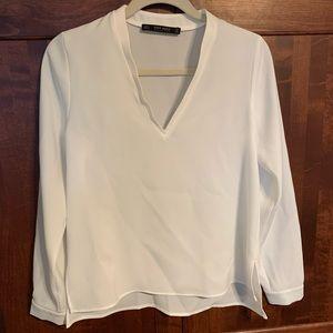 Zara Basic Collection white long sleeve blouse EUC